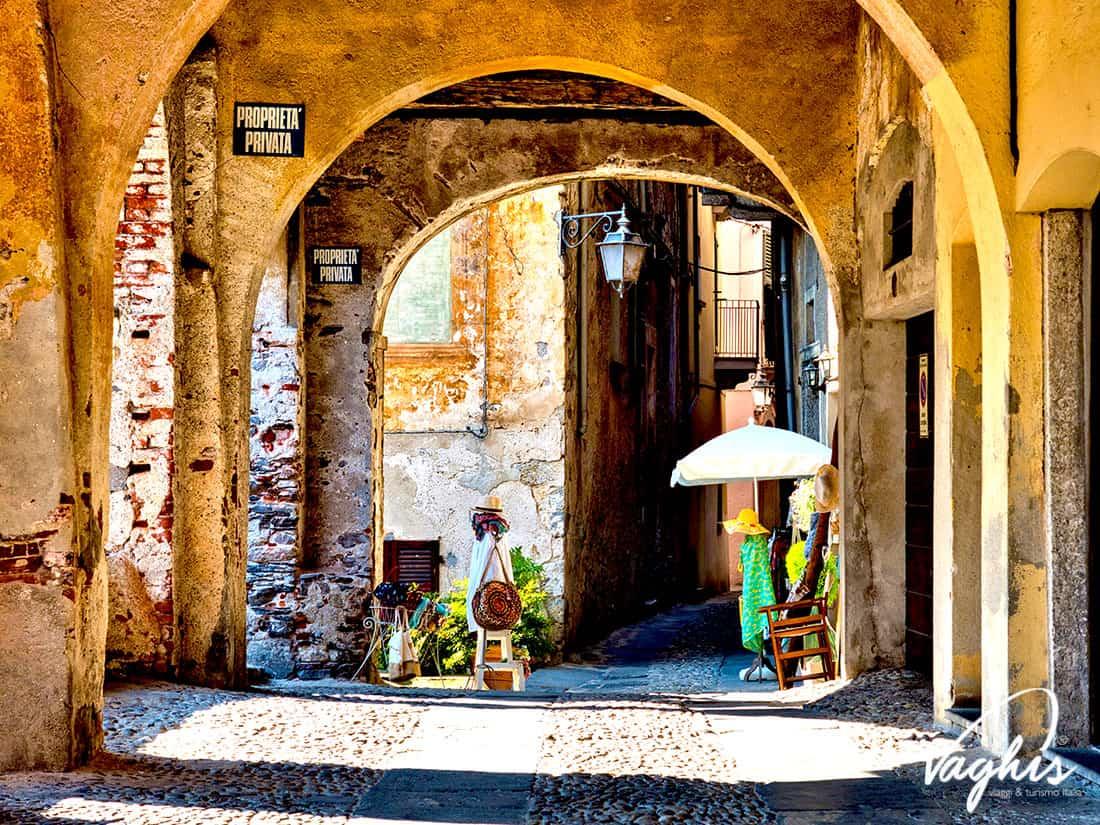 Orta San Giulio - © Vaghis - viaggi & turismo Italia - Tutti i diritti riservati