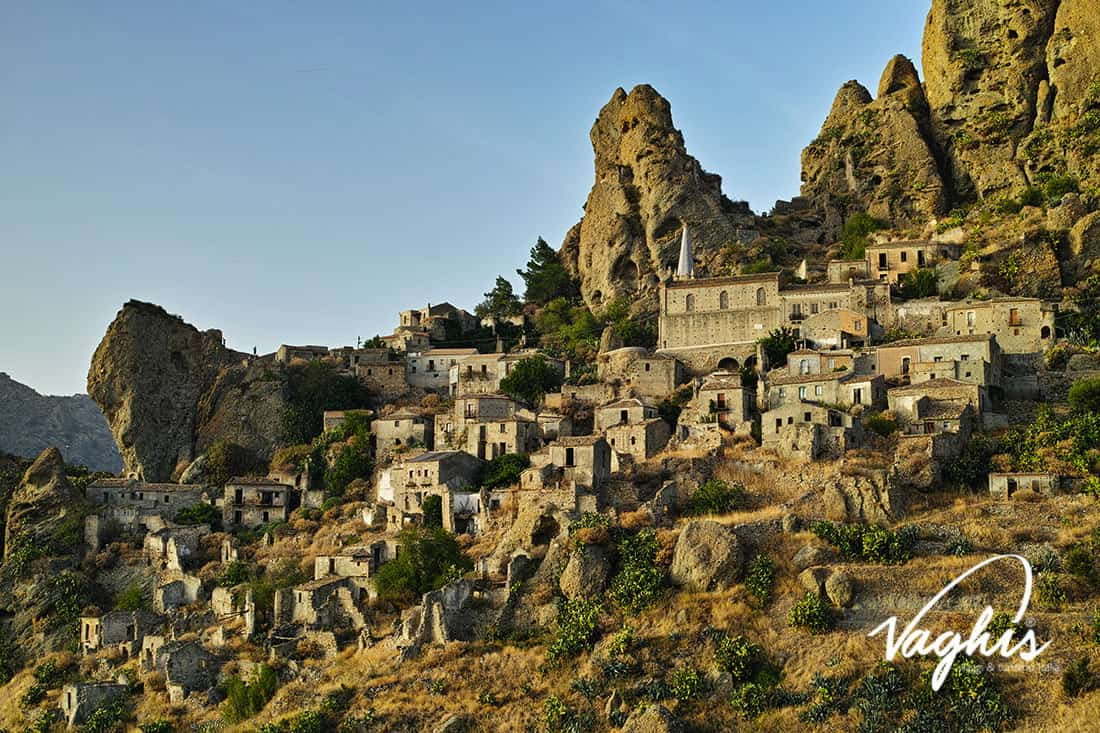 Pentedattilo - © Vaghis - viaggi & turismo Italia - Tutti i diritti riservati