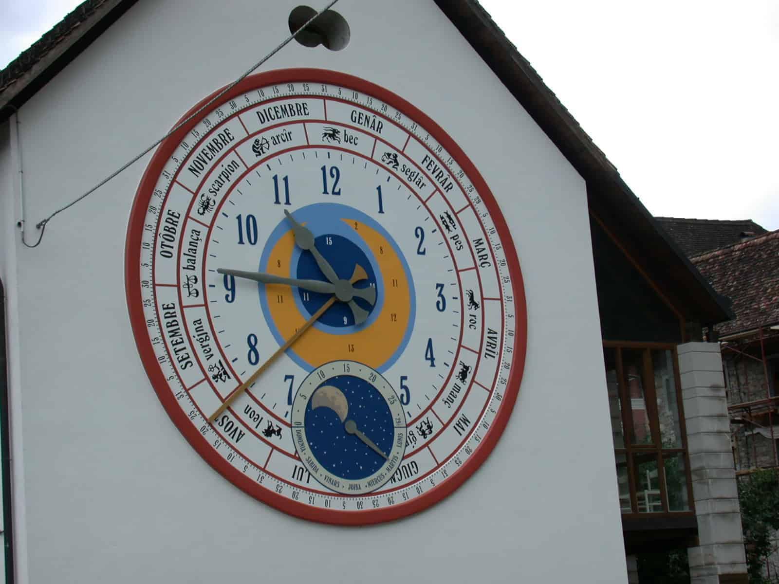 Pesariis - Orologio Calendario