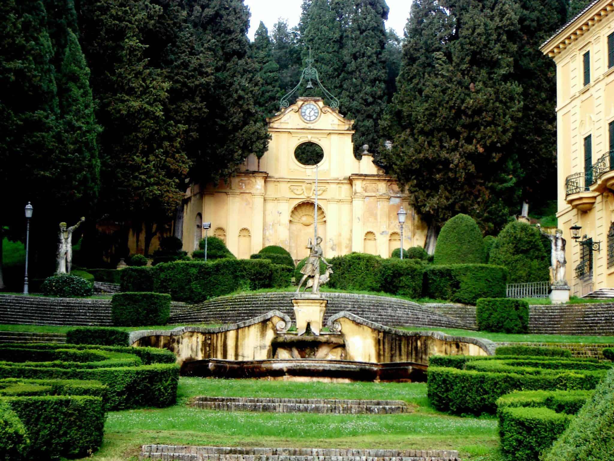 Spello: Villa Fidelia e il suo parco
