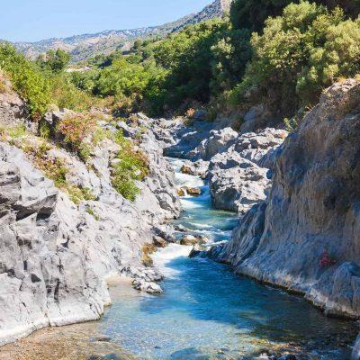 GOLE DELL'ALCANTARA: UNO STRAORDINARIO PARADISO NATURALE INCONTAMINATO