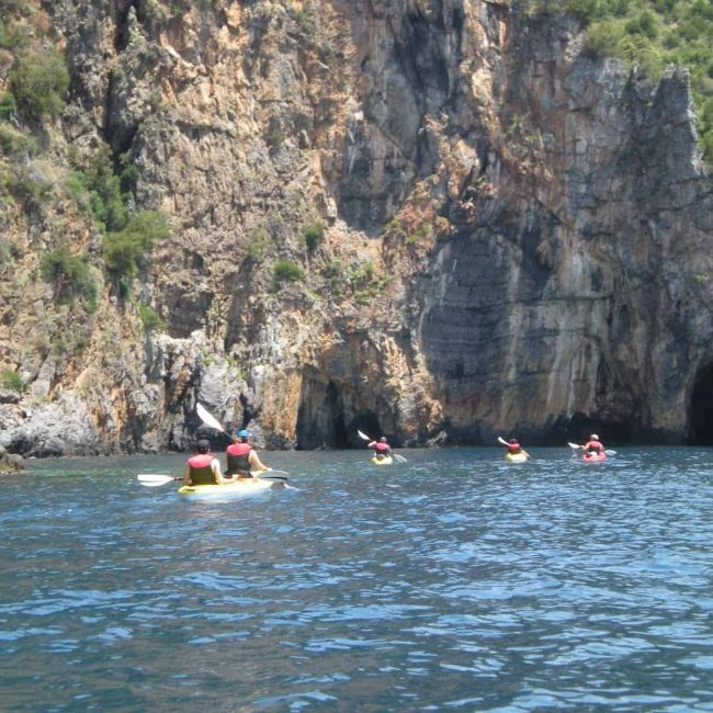 Costiera Amalfitana in kayak