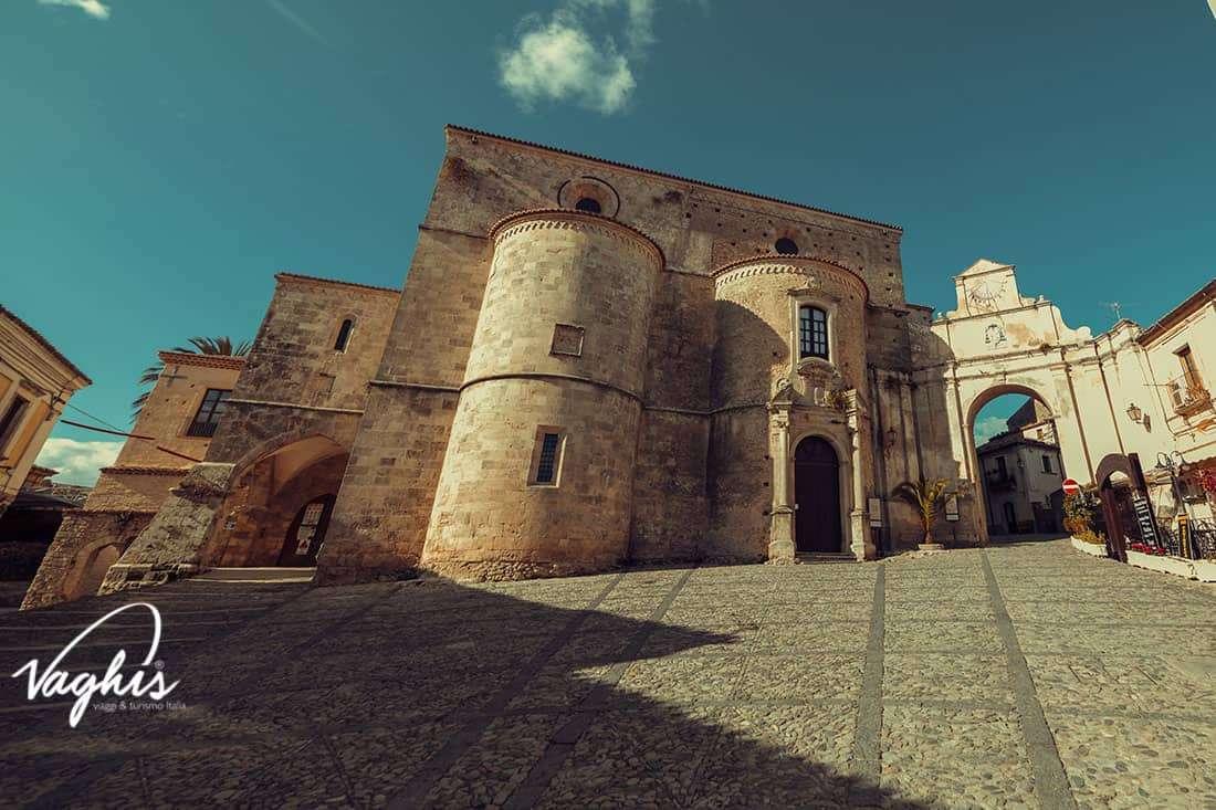 Gerace: Cattedrale di S. Maria Assunta- © Vaghis - viaggi & turismo Italia - Tutti i di-ritti riservati