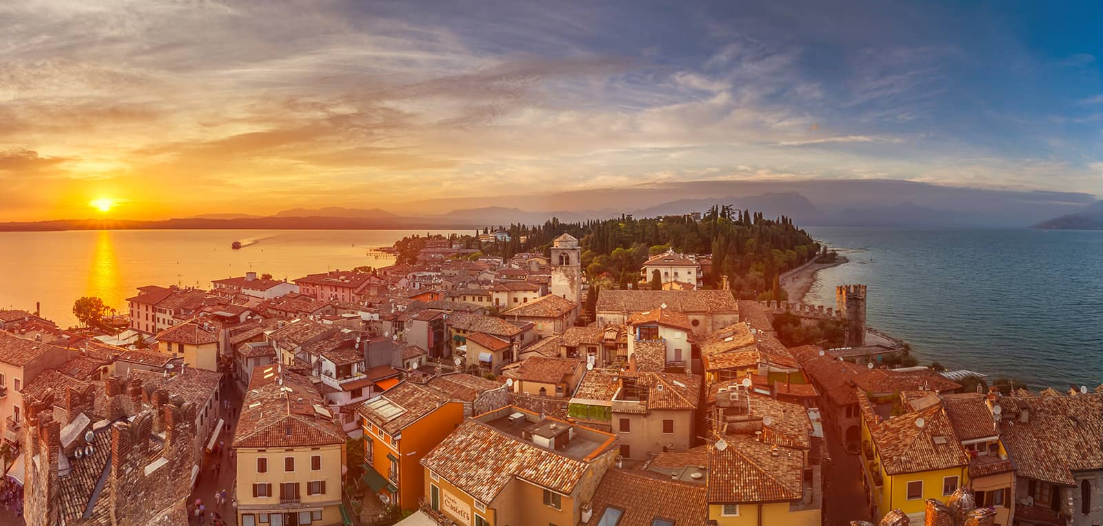Sirmione © Vaghis - viaggi & turismo Italia - Tutti i diritti riservati