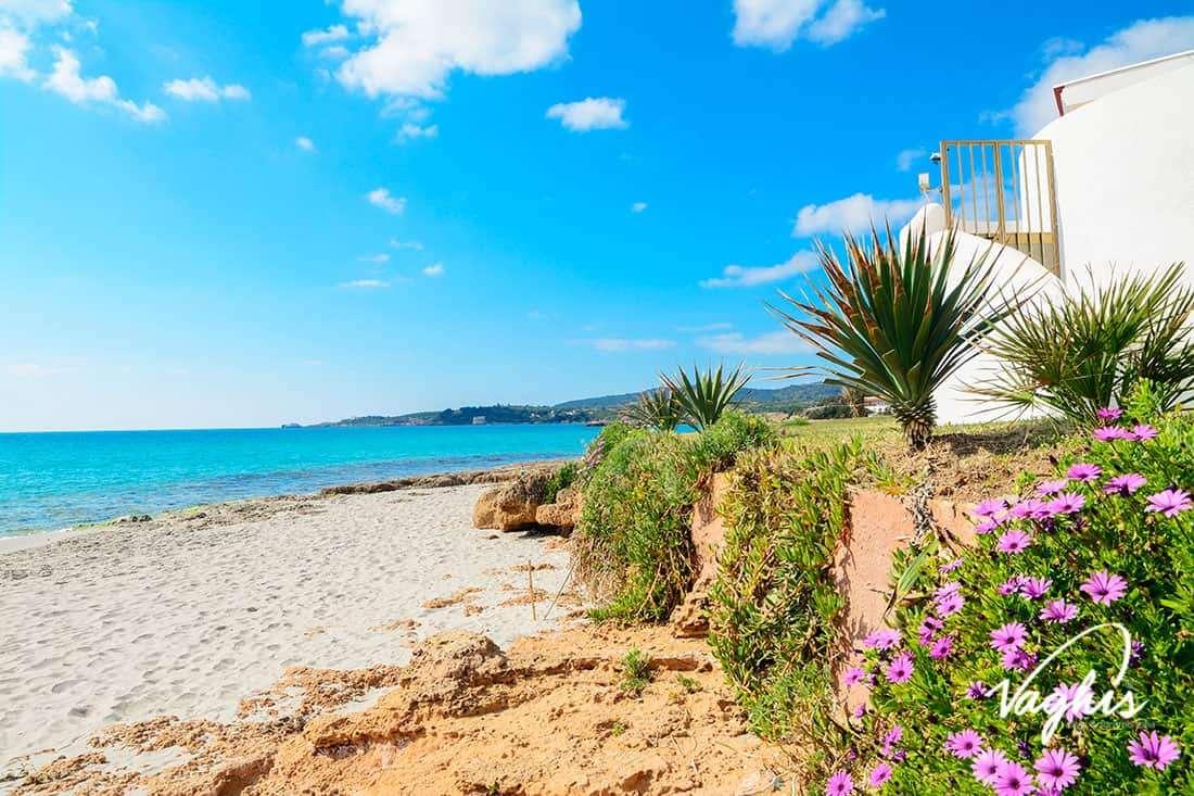 Alghero: Spiaggia delle Bombarde - © Vaghis - viaggi & turismo Italia - Tutti i di-ritti riservati