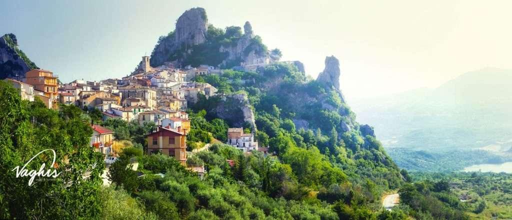 Pennadomo - © Vaghis - viaggi & turismo Italia Tutti i diritti riservati