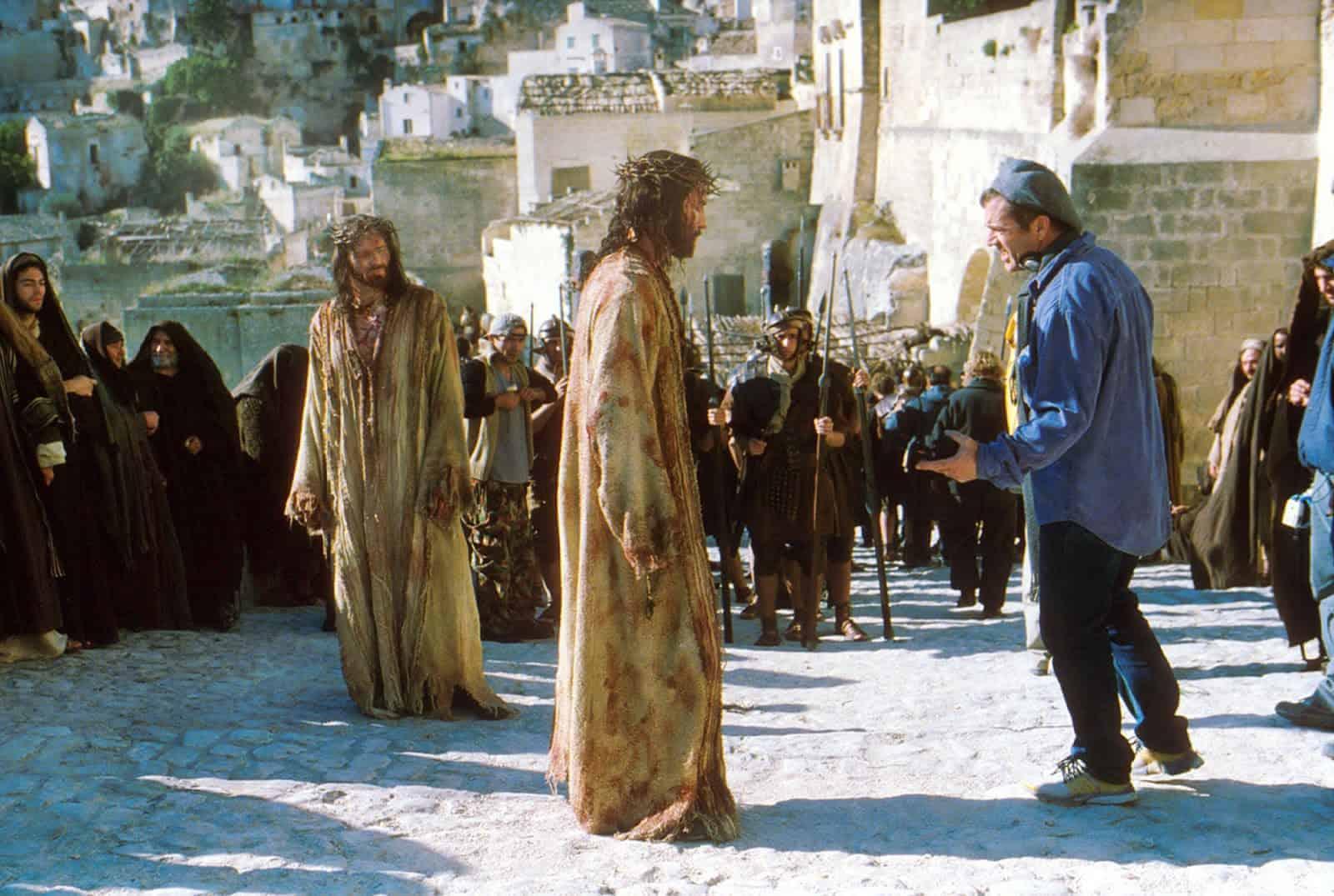 "Mel Gibson e Jim Caviezel sul set del film ""The Passion"""