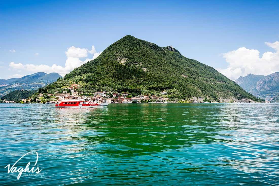 Lago d'Iseo: Monte Isola - © Vaghis - Viaggi & turismo Italia - Tutti i diritti riservati