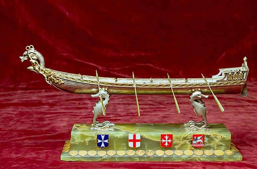 Regata delle quattro-Repubbliche marinare: Il trofeo