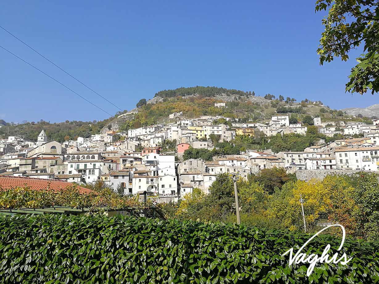 Roccamandolfi - © Vaghis - viaggi & turismo Italia - Tutti-i-diritti riservati