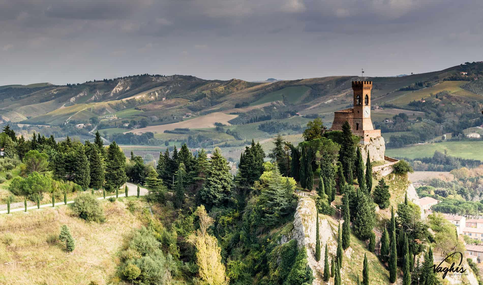 Brisighella Un Borgo Di Straordinaria Suggestione