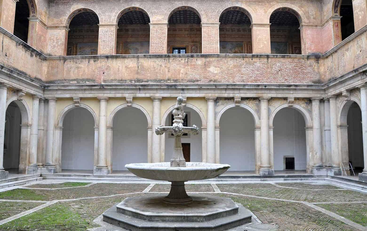 La Certosa di Padula - Chiostro della Foresteria