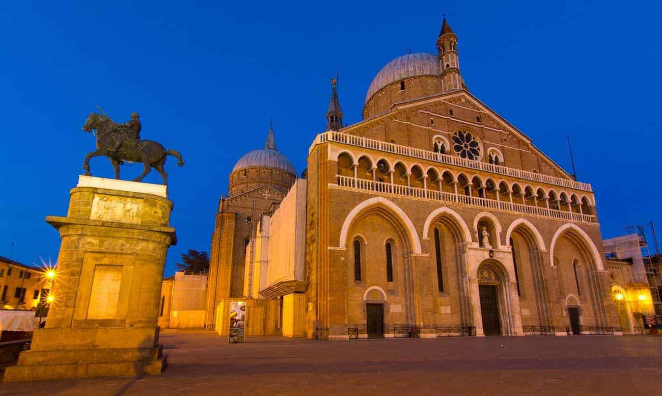Padova: Piazza del Santo