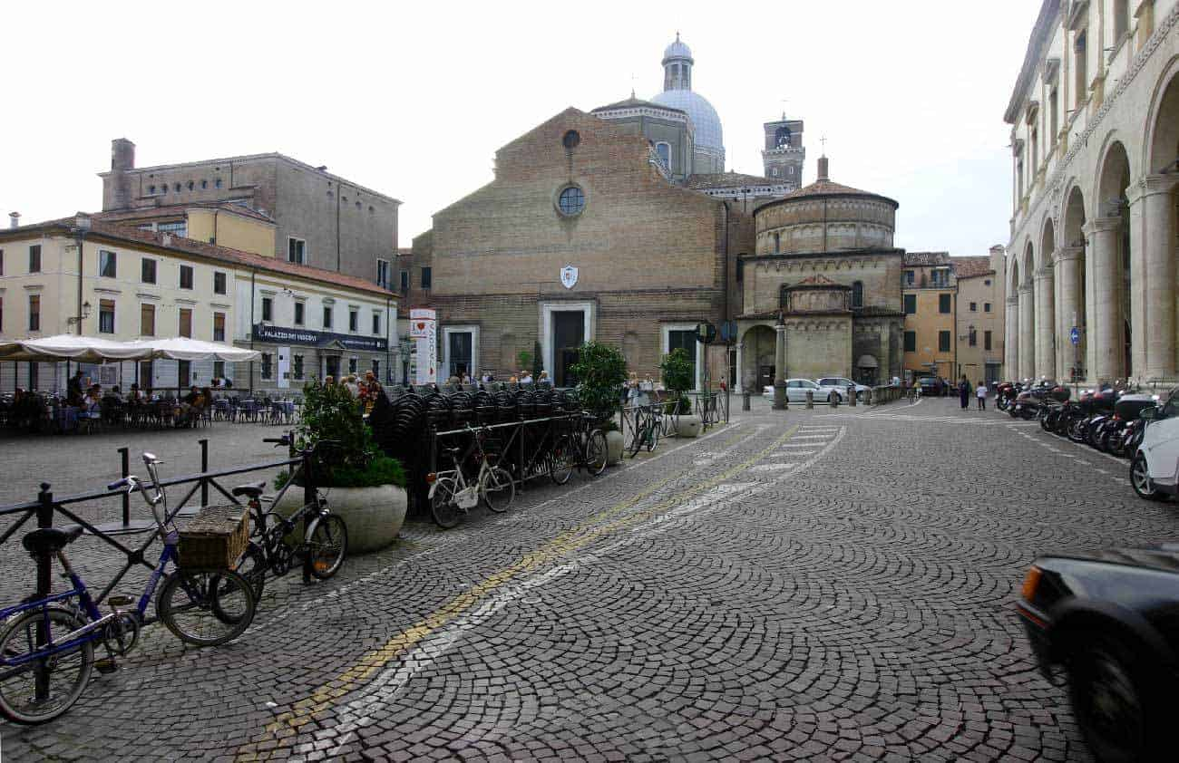 Padova: Piazza Duomo