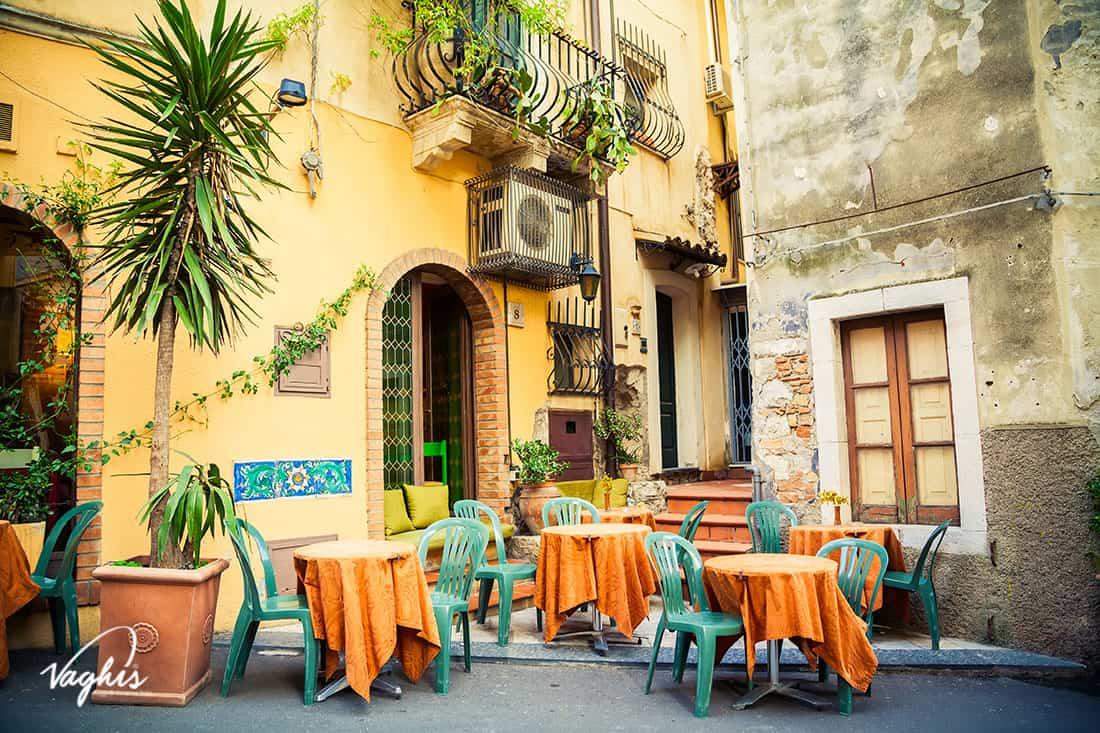 Taormina - © Vaghis - viaggi & turismo Italia - Tutti-i-diritti riservati
