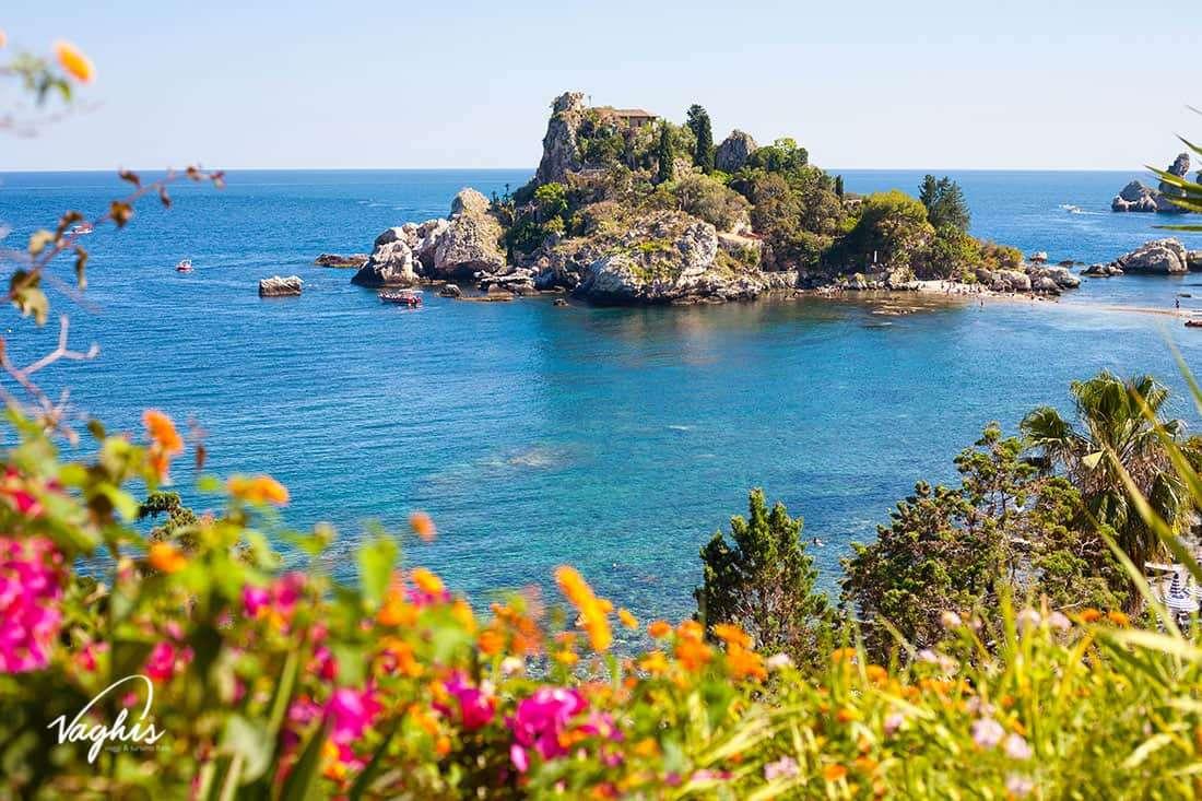 Taormina - © Vaghis - viaggi & turismo Italia: Isola Bella - Tutti-i-diritti riservati