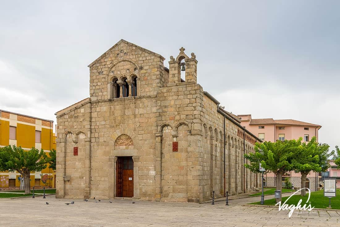 Olbia: Basilica di san Simplicio - © Vaghis - viaggi & turismo Italia - Tutti-i-diritti riservati