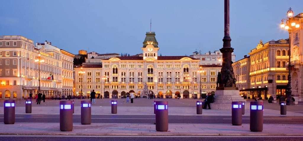 Piazza Unità d'Italia - Trieste - © Vaghis - viaggi & turismo-Italia - Tutti-i-diritti-riservati