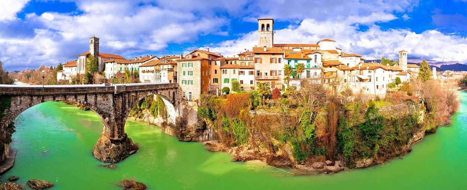 Cividale del Friuli: Il Ponte del diavolo - © Vaghis - viaggi & turismo-Italia - Tutti-i-diritti-riservati