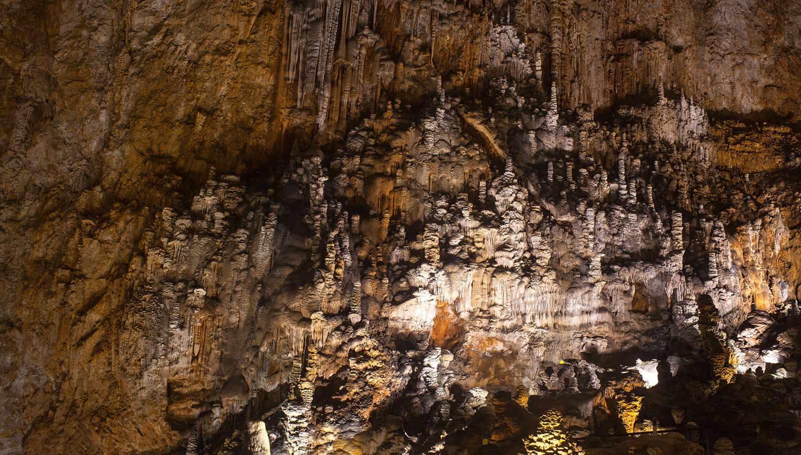 Grotta Gigante – © Vaghis viaggi & turismo-Italia – Tutti-i-diritti-riservati