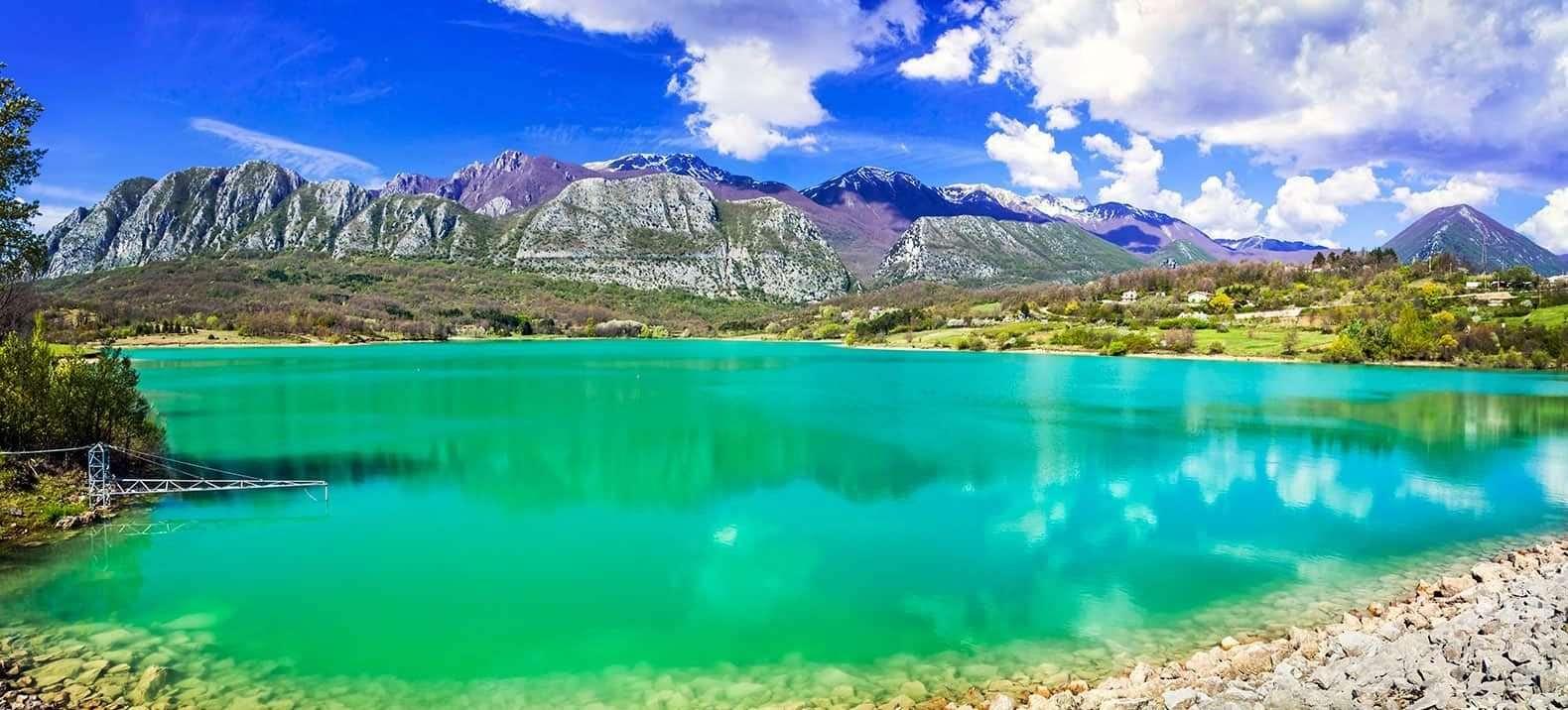 Il lago di Castel San Vincenzo - ©-Vaghis - viaggi & turismo Italia - Tutti i diritti riservati