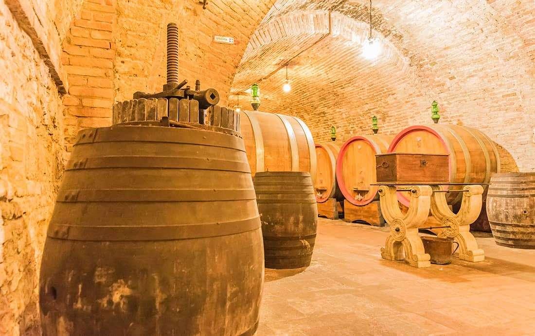 Le cantine del Brunello di Montalcino - © Vaghis - viaggi & turismo Italia - Tutti i diritti riservati
