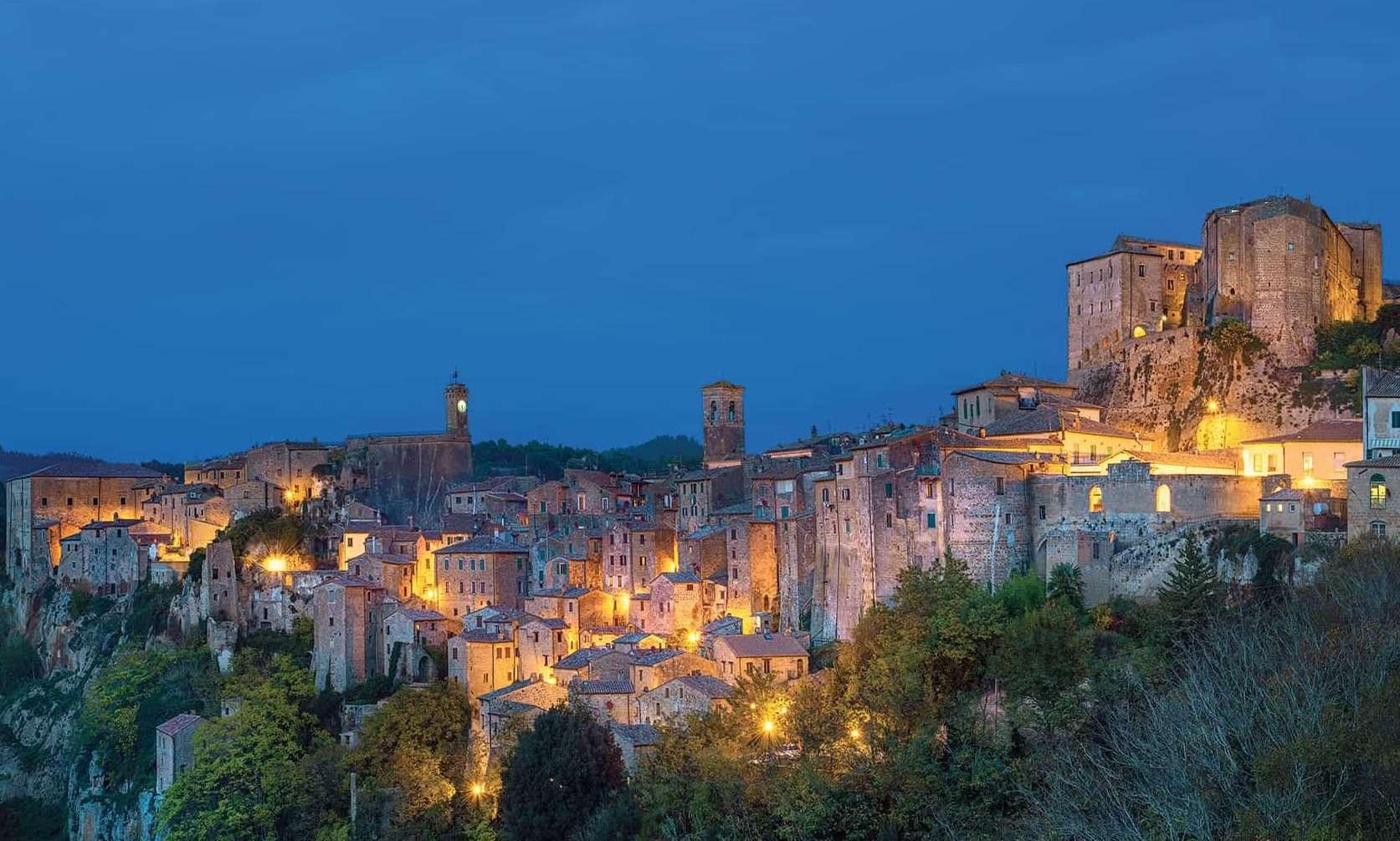 Sorano - © Vaghis - viaggi & turismo Italia Tutti i diritti riservati