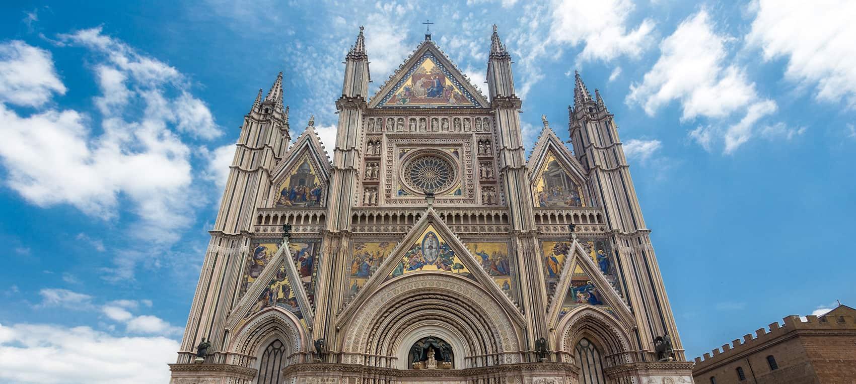 Il duomo di Orvieto - © Vaghis - viaggi & turismo Italia Tutti i diritti riservati