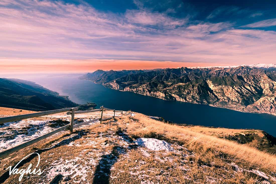 Malcesine: Panorama del Lago di Garda visto dalla cima del Monte Baldo - © Vaghis - viaggi & turismo-Italia - Tutti-i-diritti riservati