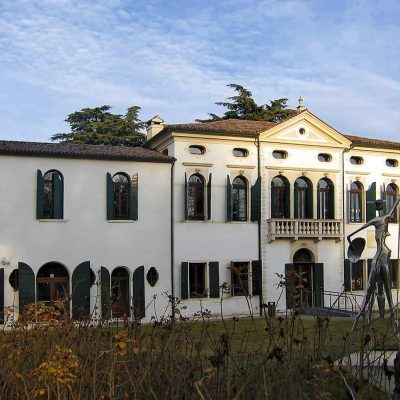 SPINEA: LA SETTECENTESCA VILLA SIMION IN STILE PALLADIANO