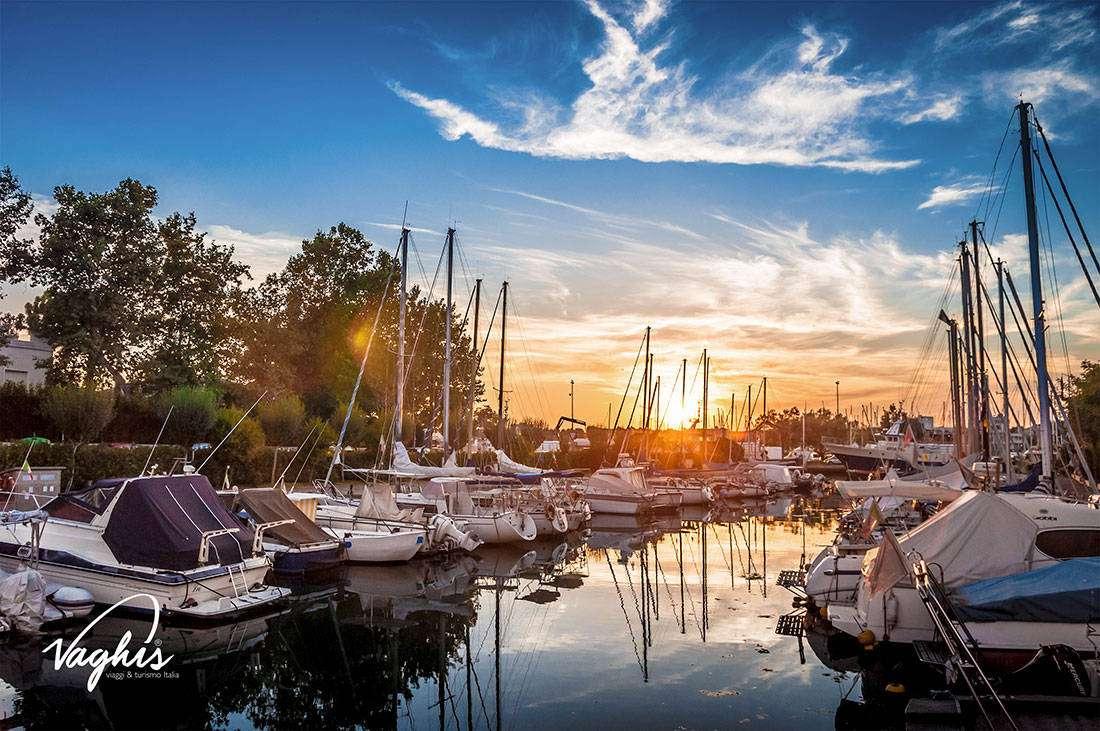 Cesenatico il Porto Canale Leonardesco - © Vaghis - viaggi & turismo Italia - Tutti i diritti riservati