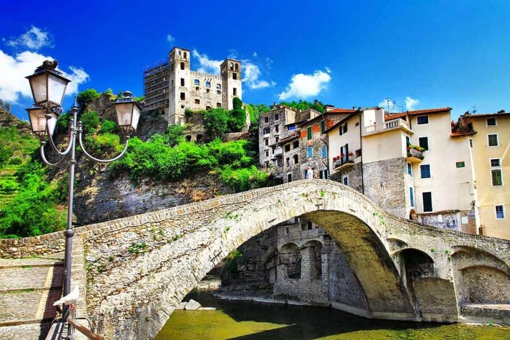 Dolceacqua - © Vaghis - viaggi & turismo Italia - Tutti i diritti riservati