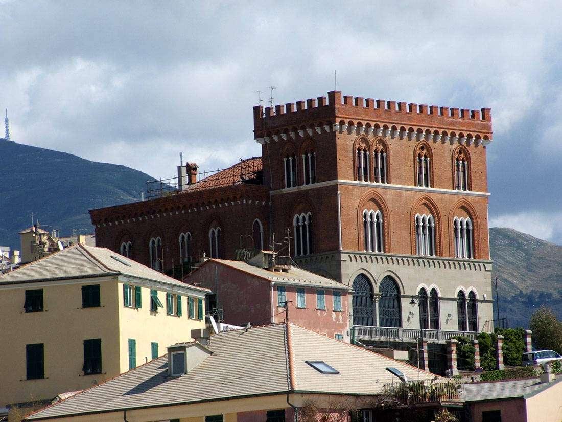 Boccadasse: Capo di Santa Chiara, Castello Turcke