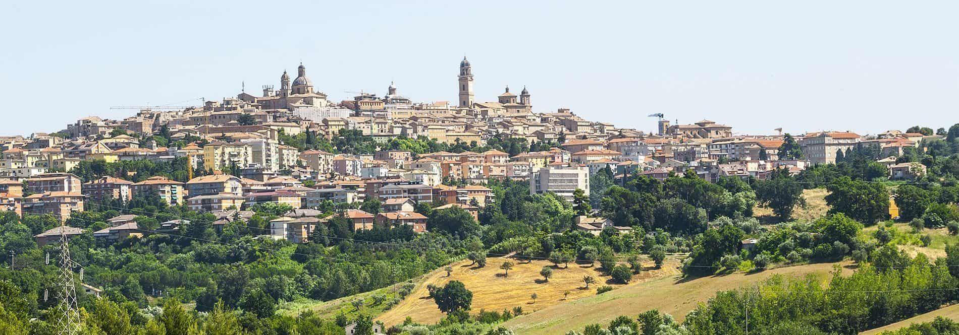 Macerata - © Vaghis - viaggi & turismo Italia - Tutti i diritti riservati