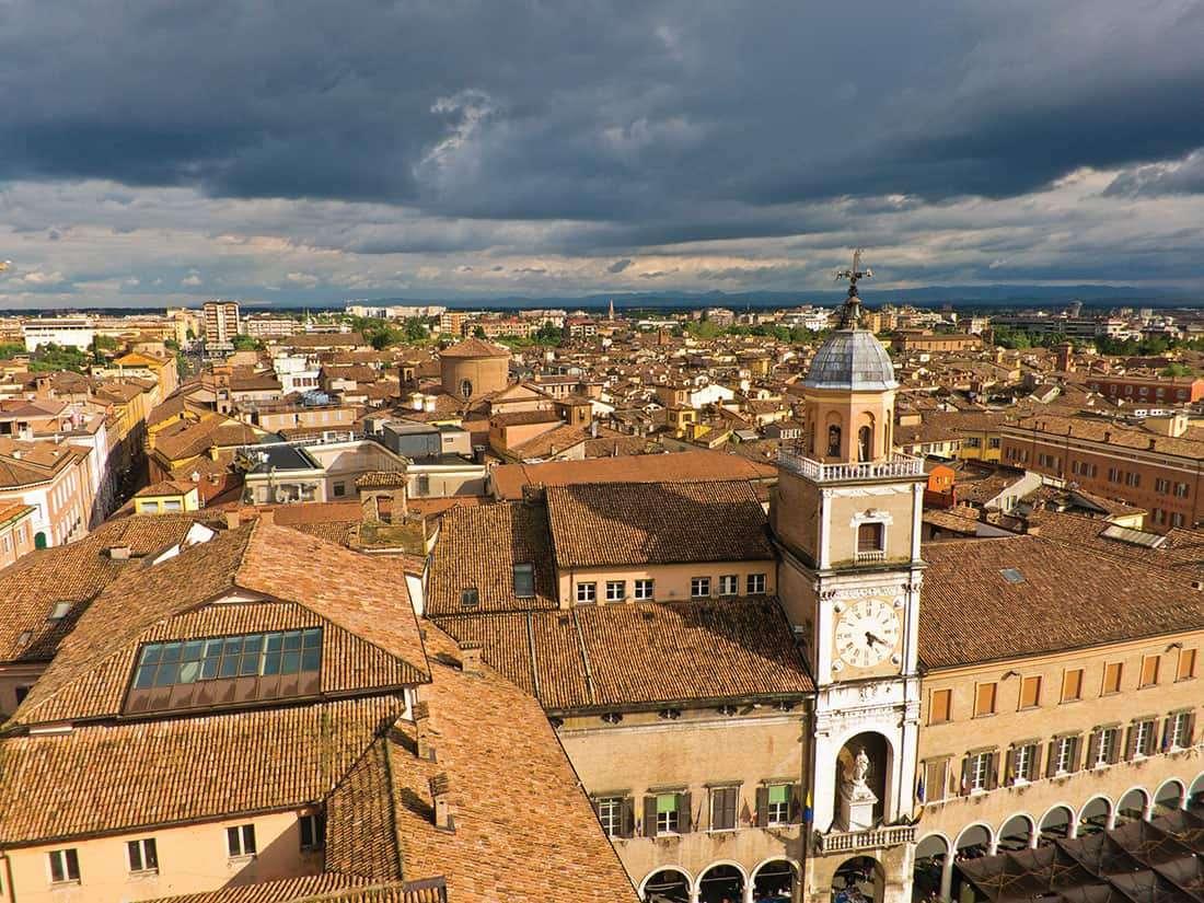 Modena: - © Vaghis - viaggi & turismo Italia - Tutti i diritti riservati