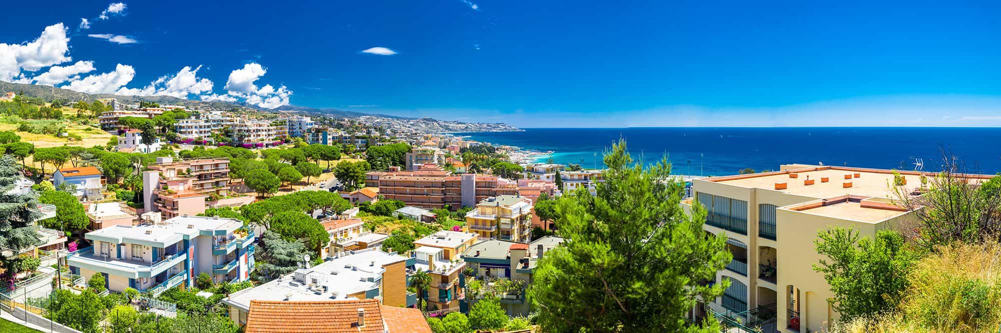 Sanremo: Vista panoramica della città - © Vaghis - viaggi & turismo Italia - Tutti i diritti riservati