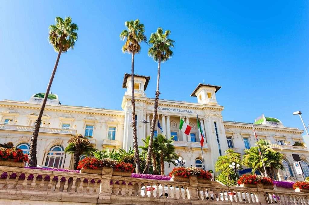 Sanremo: Casinò - © Vaghis - viaggi & turismo Italia - Tutti i diritti riservati