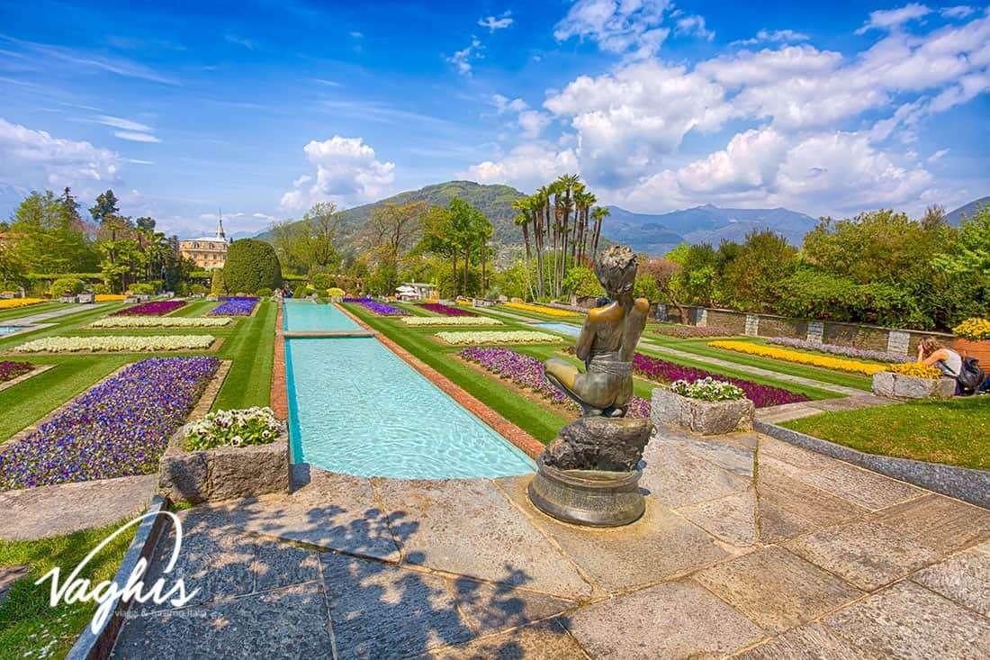 Villa Taranto: La statua del Pescatore e i Giardini Terrazzati - © Vaghis - viaggi & turismo Italia - Tutti i diritti riservati