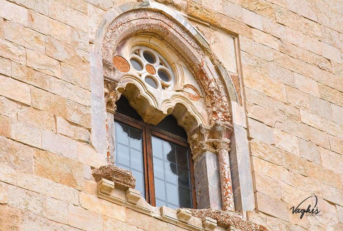 Castel del Monte - © Vaghis viaggi & turismo Italia - Tutti i diritti riservati