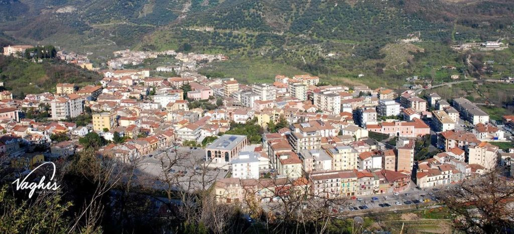 Giffoni Valle Piana - © Vaghis - viaggi & turismo Italia Tutti i diritti riservati