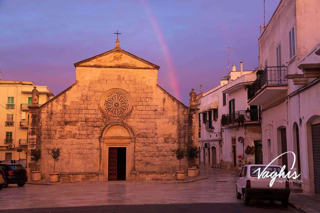 Locorotondo: Chiesa Madonna della Greca - © Vaghis viaggi & turismo Italia - Tutti i diritti riservati