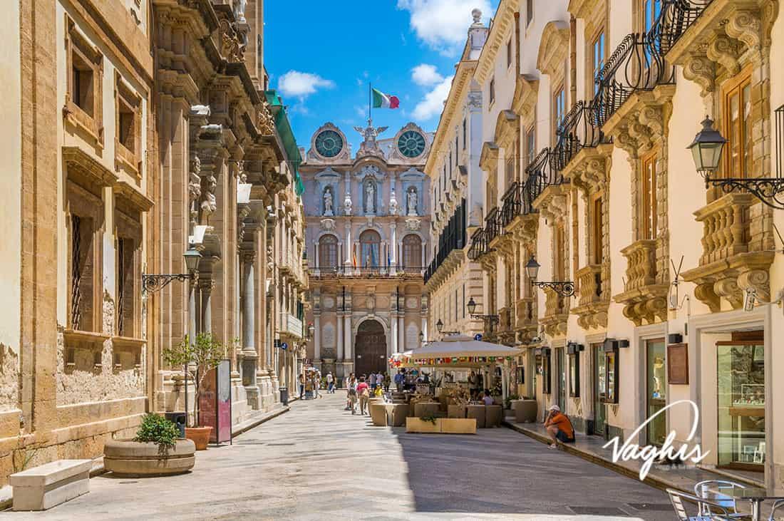 Trapani - © Vaghis - viaggi & turismo Italia - Tutti i di-ritti riservati