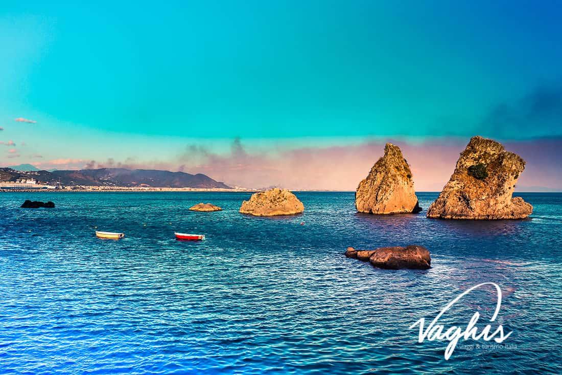 Vietri sul Mare: I Due Fratelli - © Vaghis viaggi & turismo Italia - Tutti i diritti riservati