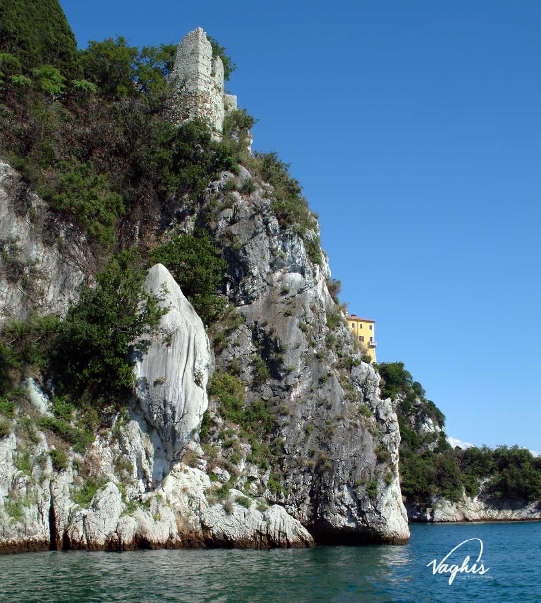 Castello di Duino: La Dama Bianca - © Vaghis - viaggi & turismo Italia - Tutti-i-diritti riservati