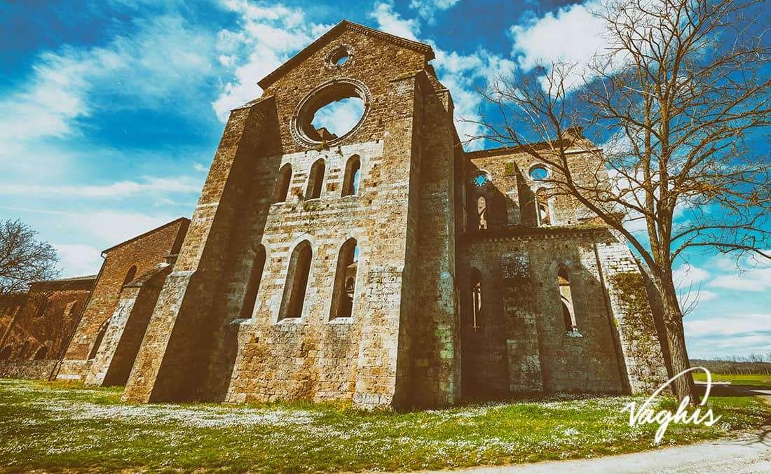 La Spada nella Roccia: Abbazia di San Galgano - © Vaghis - viaggi & turismo Italia - Tutti i diritti riservati