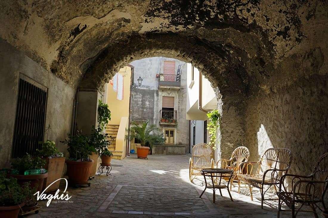 Santa Severina - © Vaghis - viaggi & turismo Italia - Tutti-i-diritti riservati