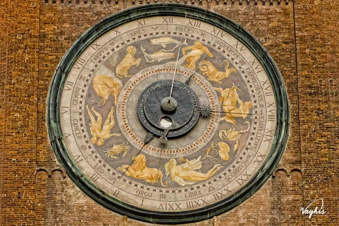 Torre campanaria di Cremona - © Vaghis viaggi & turismo Italia - Tutti i diritti riservati