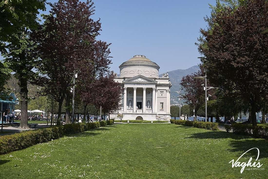 Como - © Vaghis - Viaggi & turismo Italia - Tutti i diritti riservati