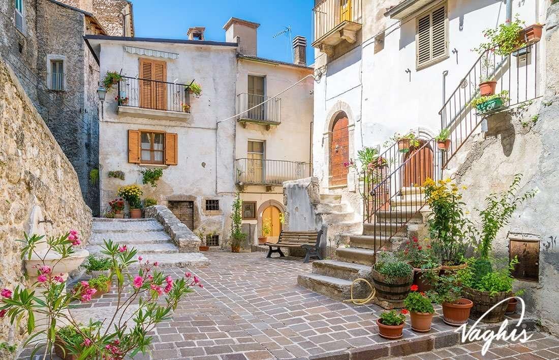 Pettorano sul Gizio - © Vaghis - Viaggi & turismo Italia - Tutti i diritti riservati