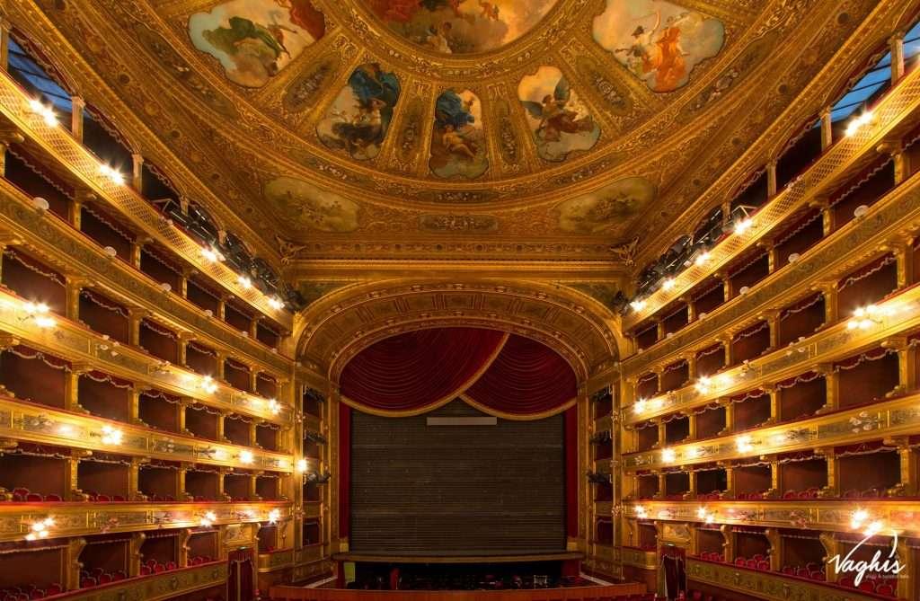 Teatro Massimo - © Vaghis - Viaggi & turismo Italia - Tutti i diritti riservati